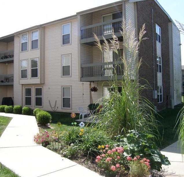 Affordable Luxury Apartments: Missouri Affordable & Luxury Apartments & Townhomes